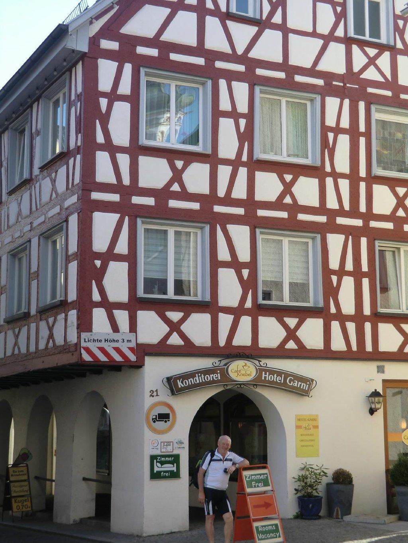 Cafe Knebel-Hotel Garni