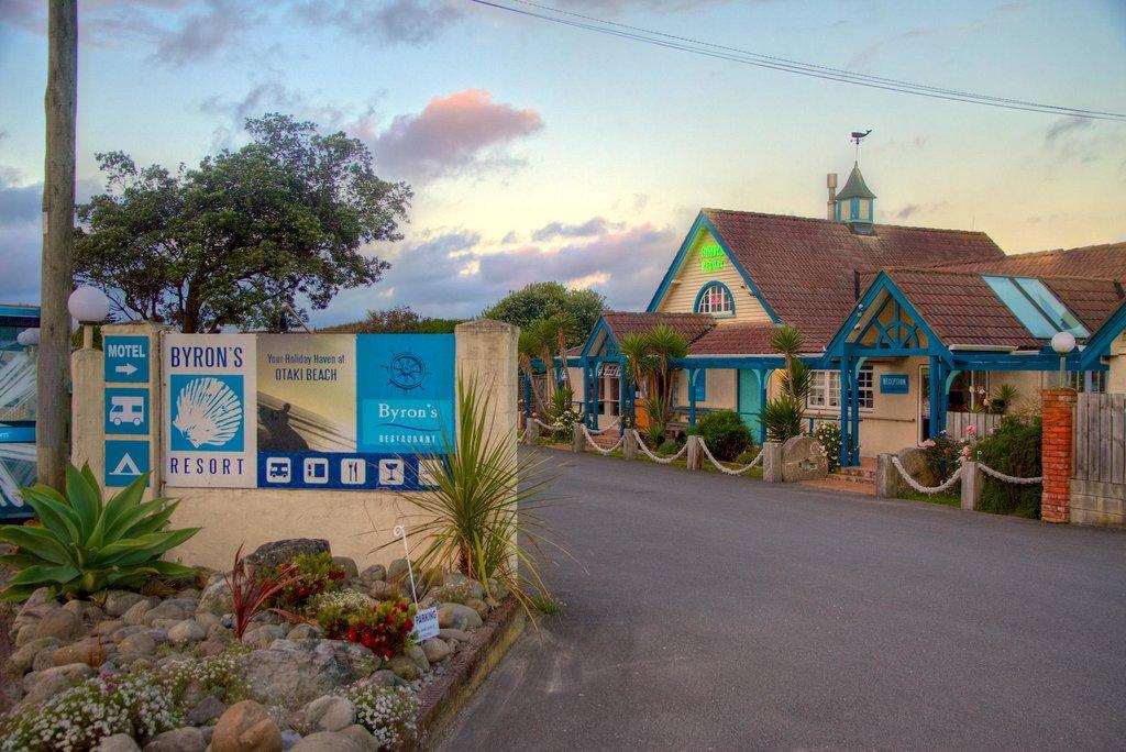 Byron's Resort
