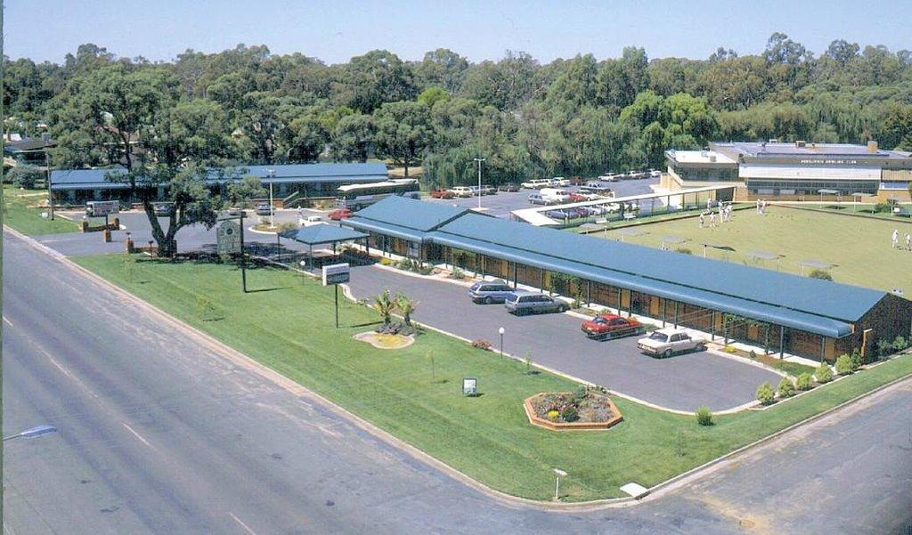 Deniliquin Country Club Motor Inn