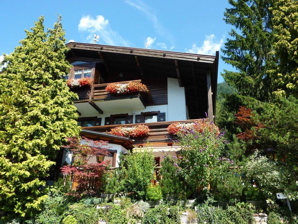 Siegi Tours Ski und Golf Hotel Garni Rustica
