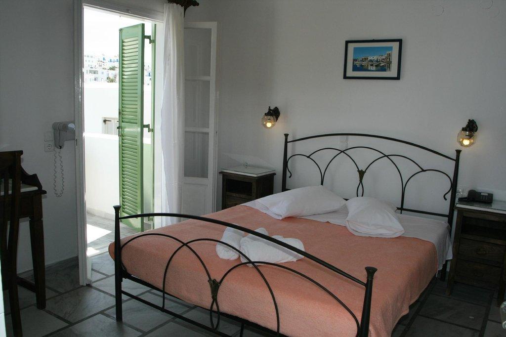 阿多尼斯飯店公寓