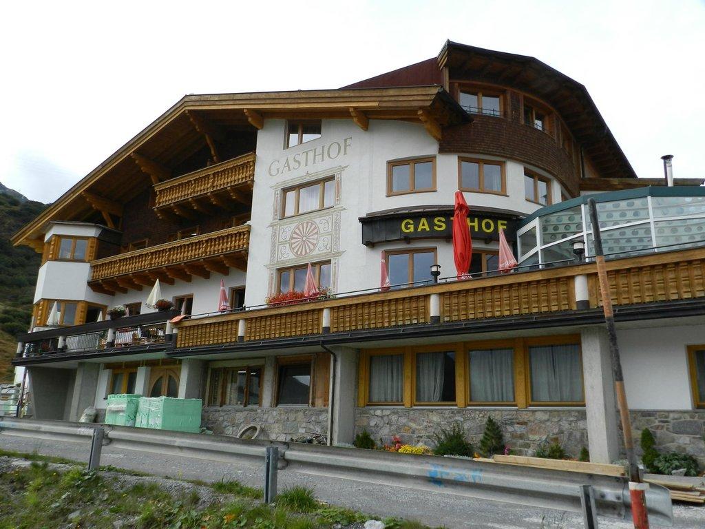 Hotel Gasthof Valluga