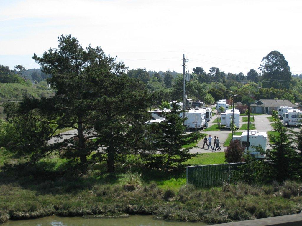 Shoreline Rv Park