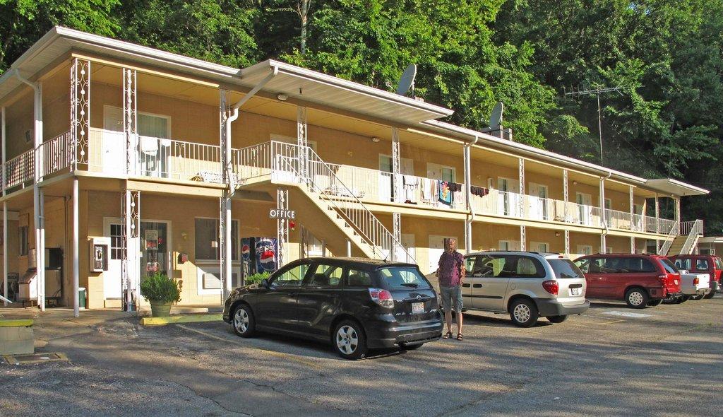 Meramac Caverns Motel