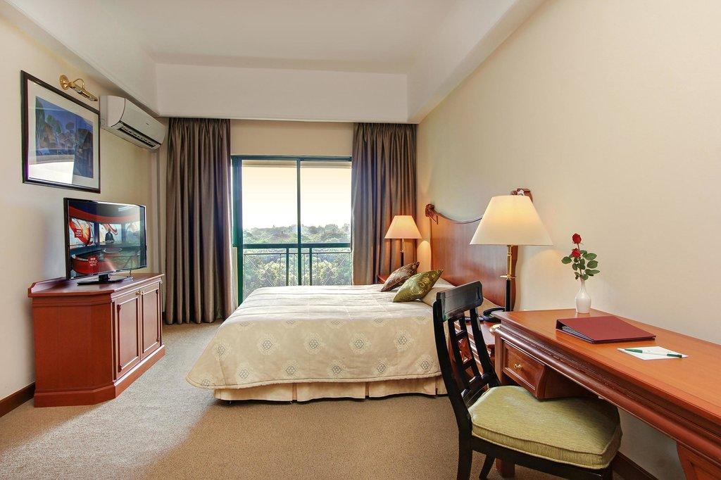 미카사 호텔 아파트먼트