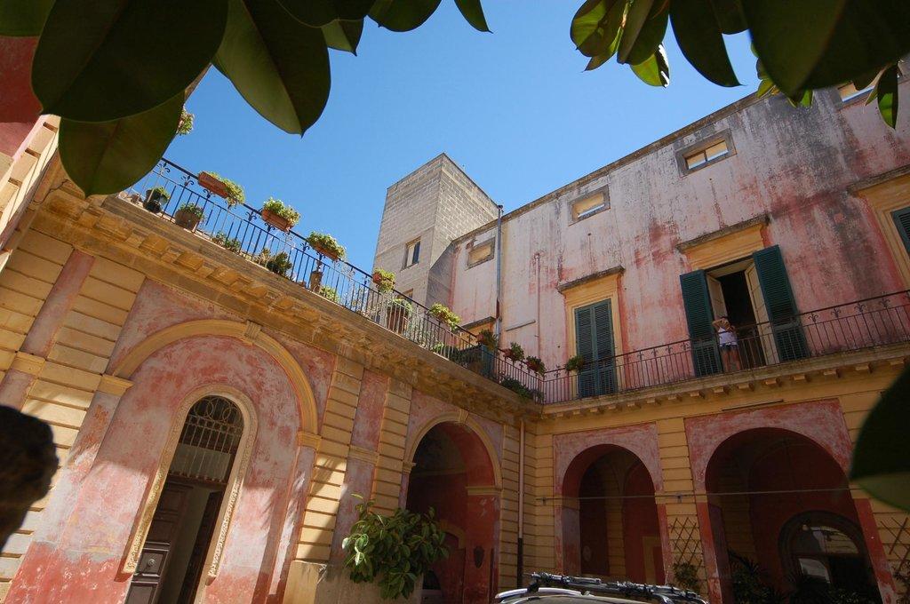 Palazzo Leuzzi B&B