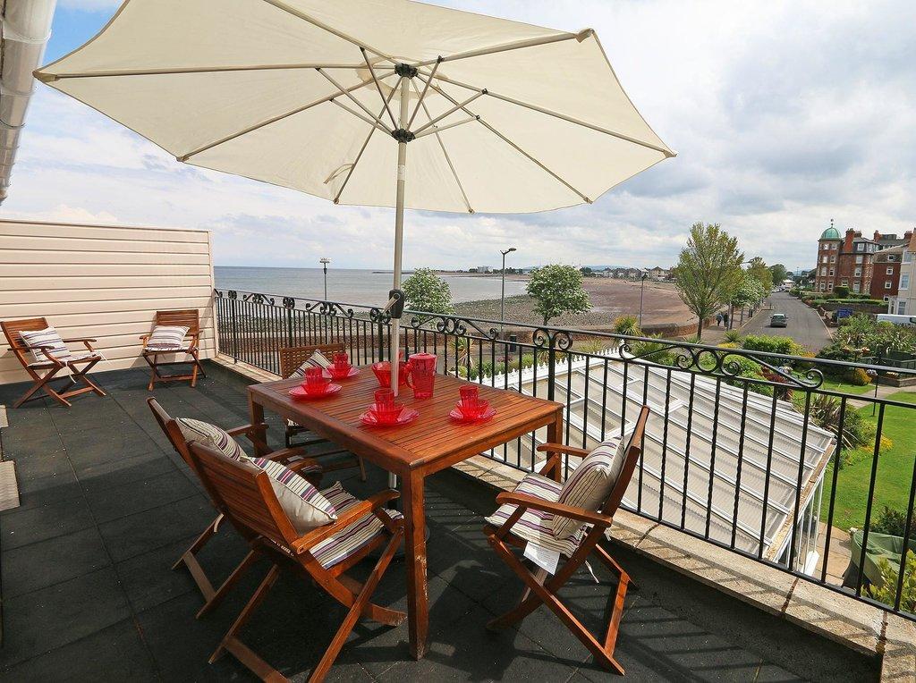 Beachside Suites