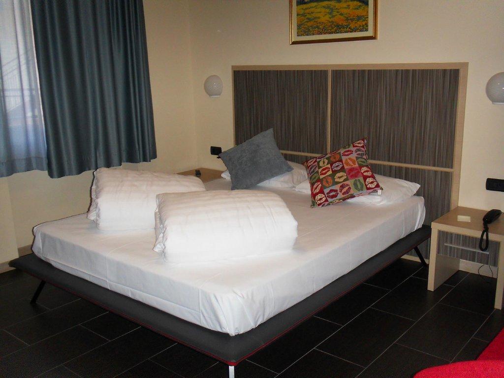 ホテル アナ