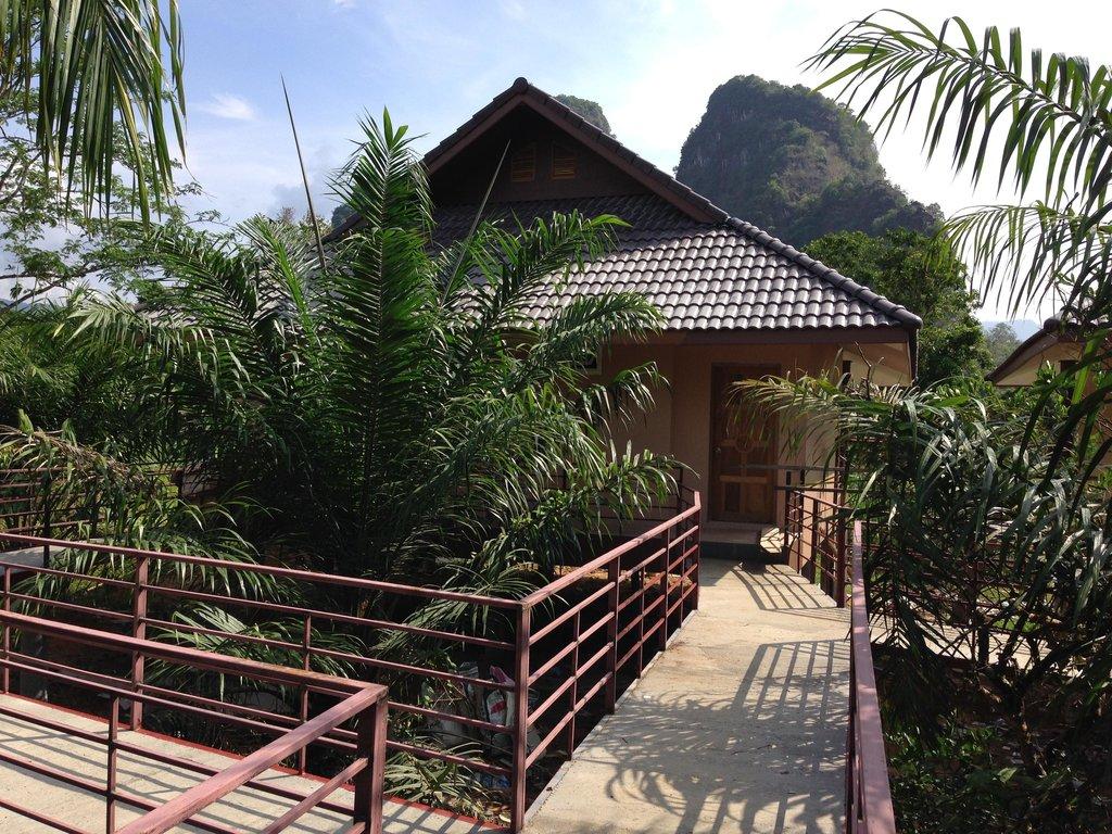 Khao Sok Good View Resort