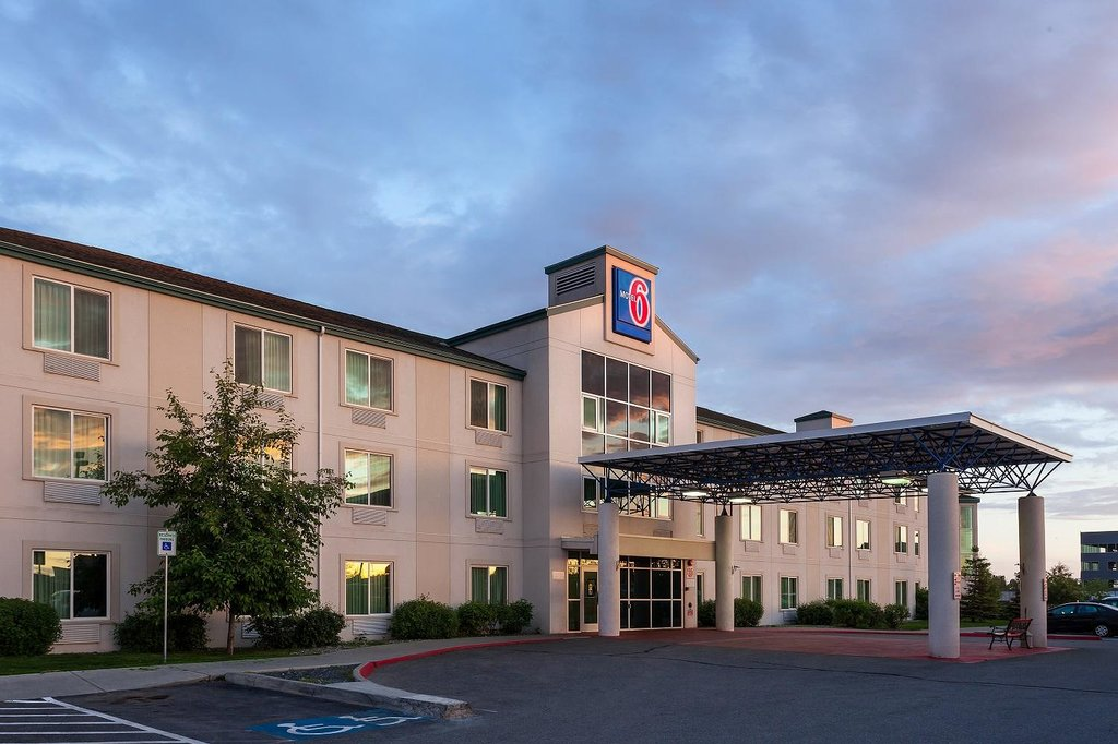 Motel 6 Anchorage Midtown