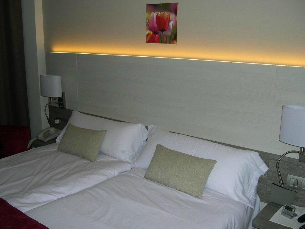 Hotel Kontiki Playa