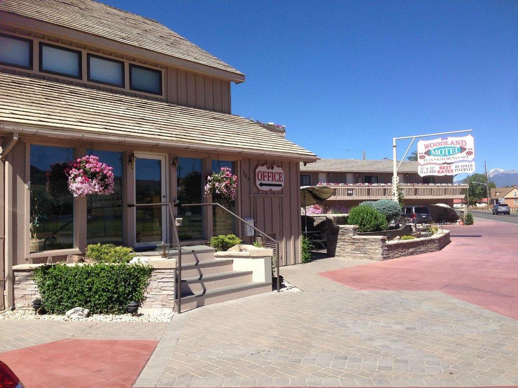 Woodland Motel