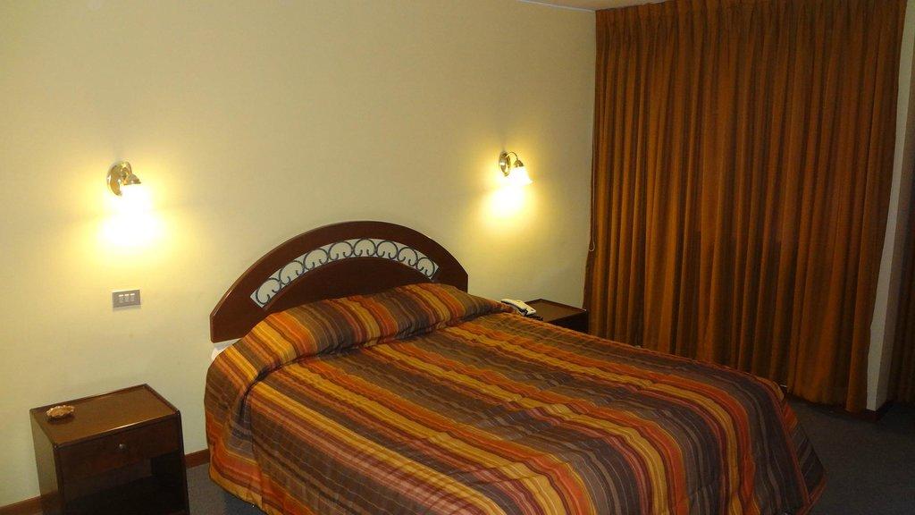 Los Portales Hotel