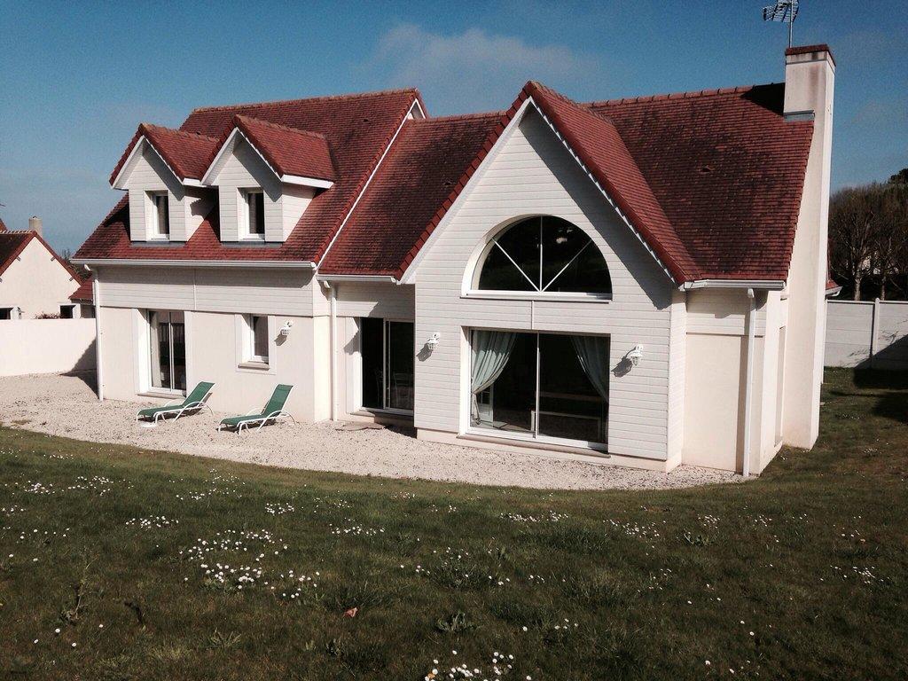 Villa Tracy
