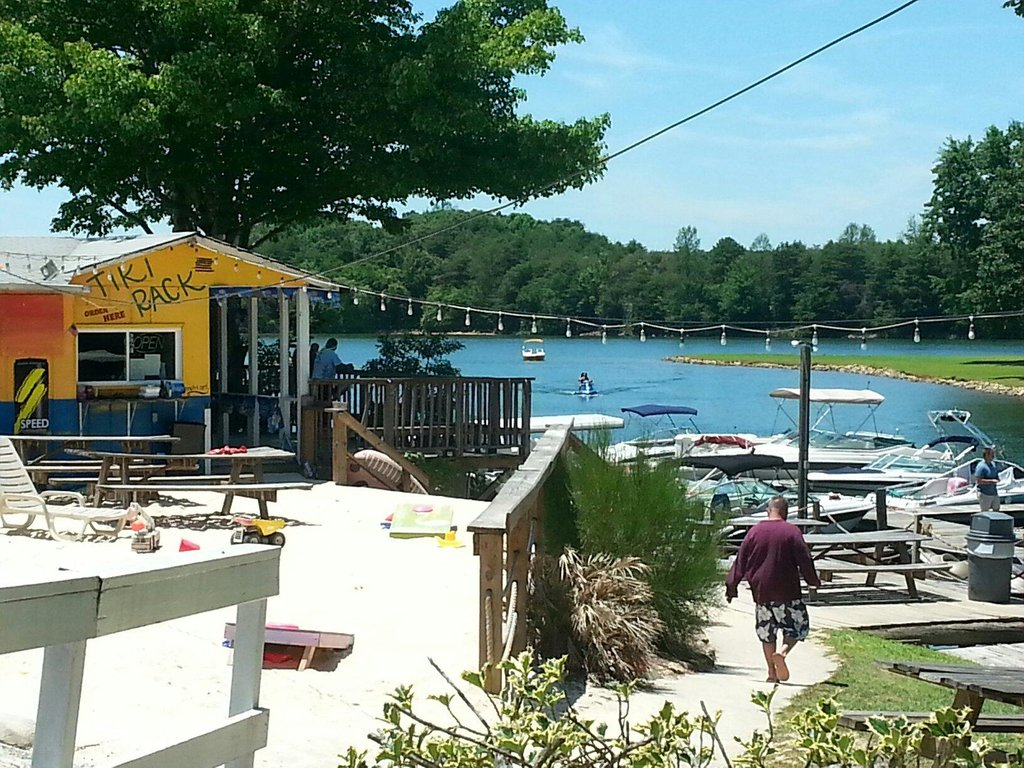 Lake Norman Motel Restaurant