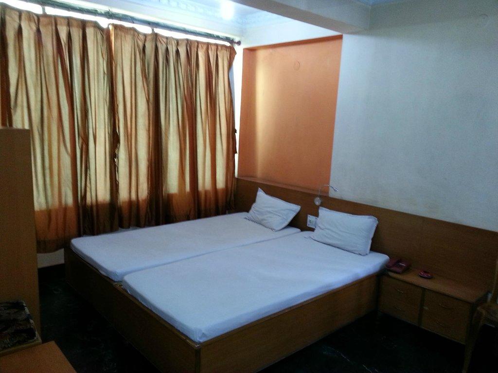 Marina Inn Hotel