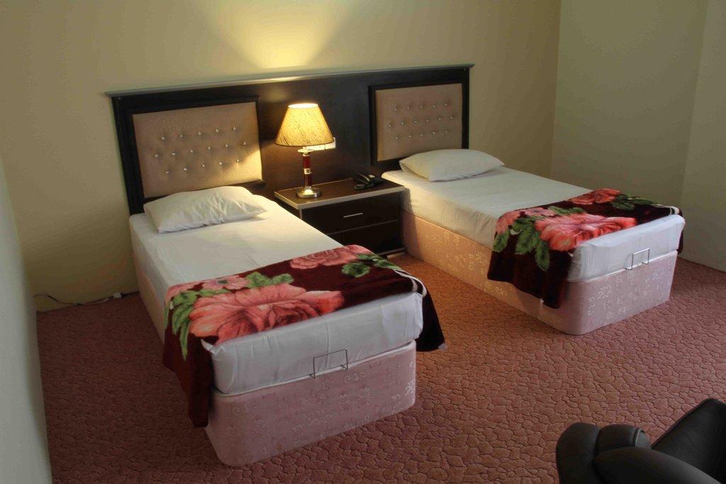 Maragheh Grand Hotel
