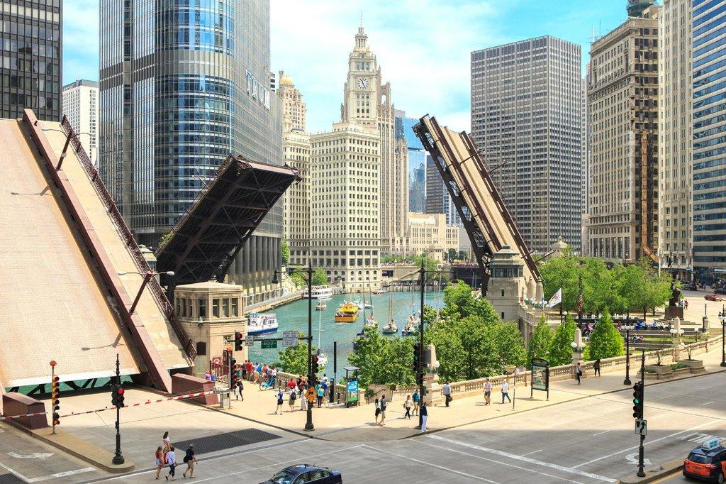 Renaissance Chicago Hotel