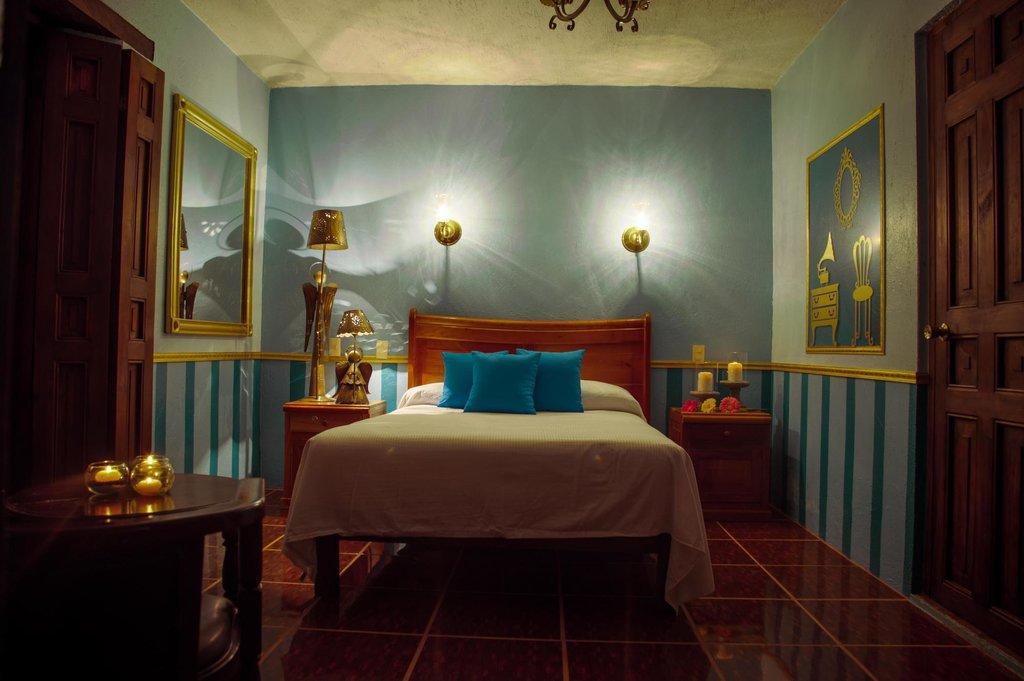 ホテル カーサ デ グアダルーペ