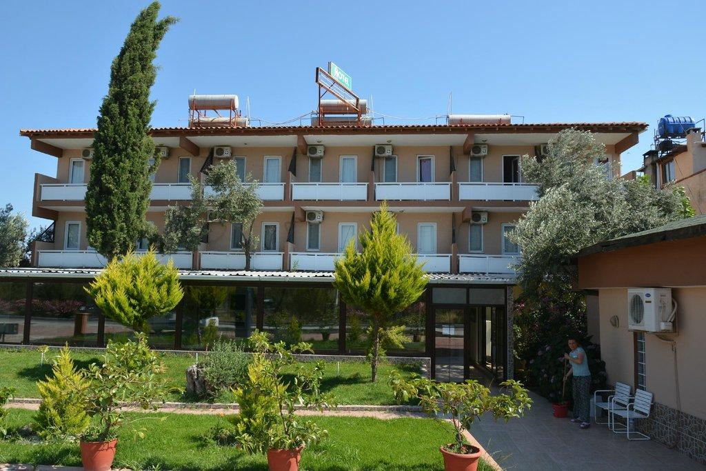 Segmen Hotel