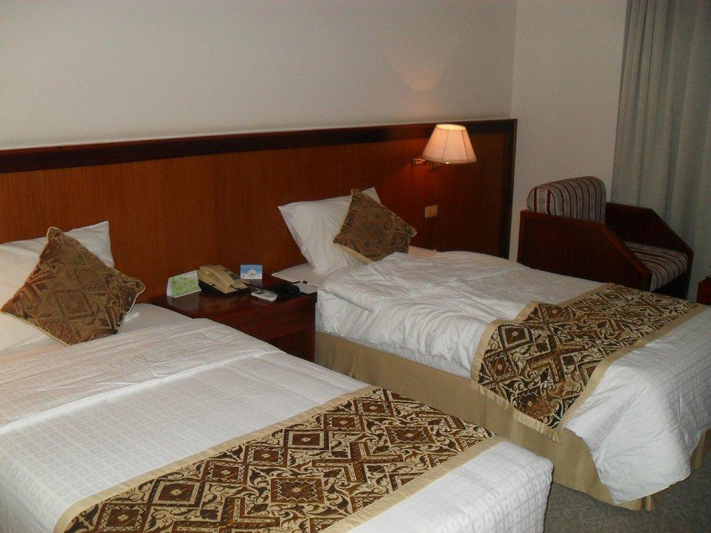 Khách sạn Nam Cường