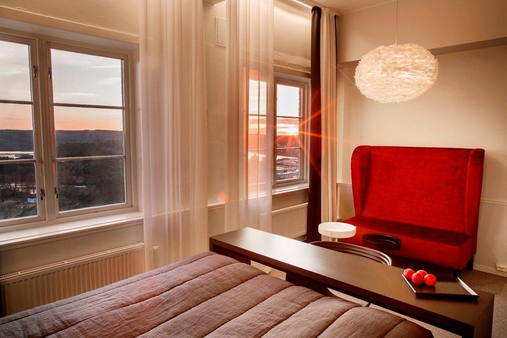 Fredriksten Hotell