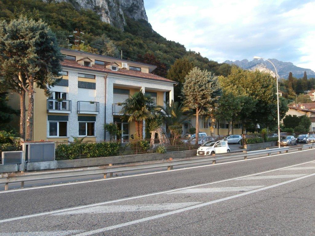 Hotel Ristorante Pizzeria Caviate