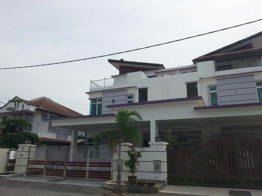 Kompo Villa