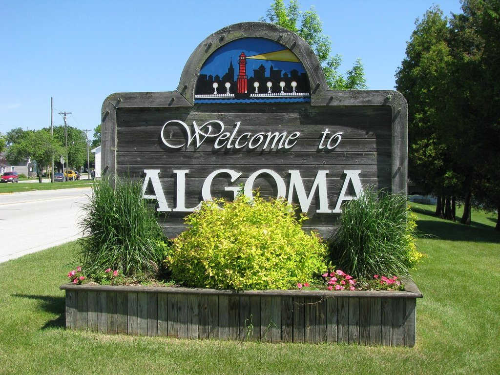 Algoma Beach Motel