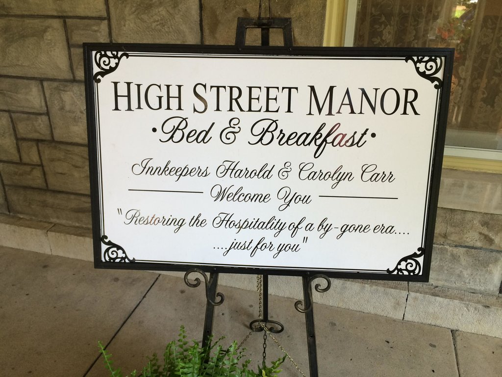 High Street Manor Bed and Breakfast
