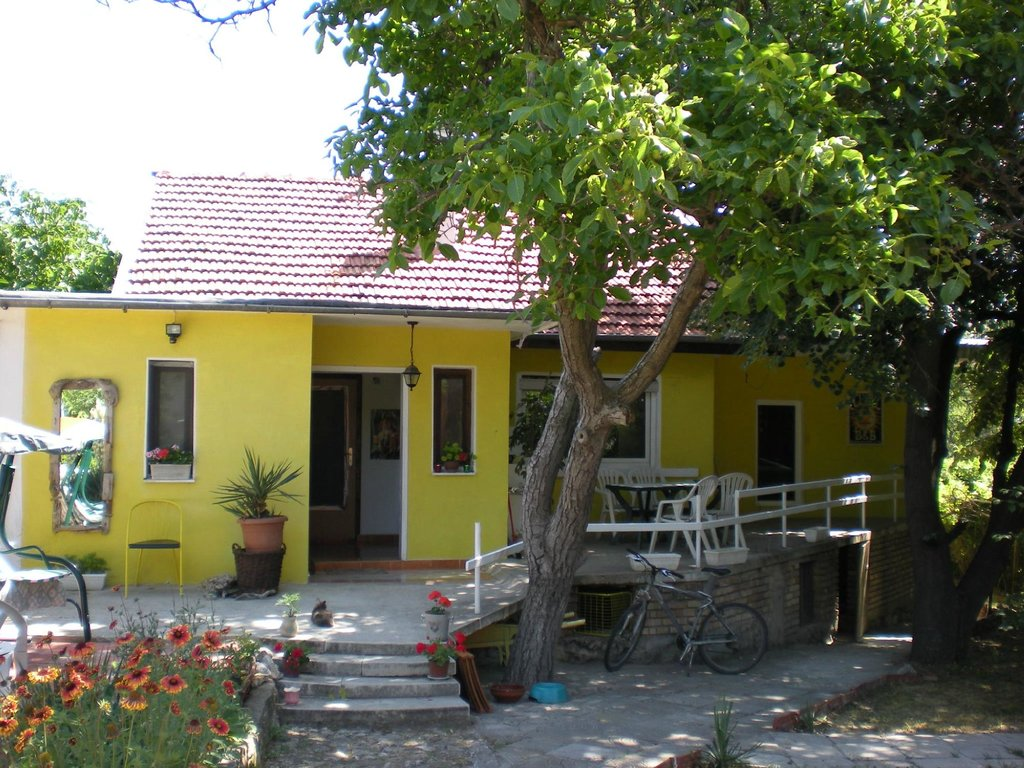 Black Sea Cottage Guesthouse & Campsite
