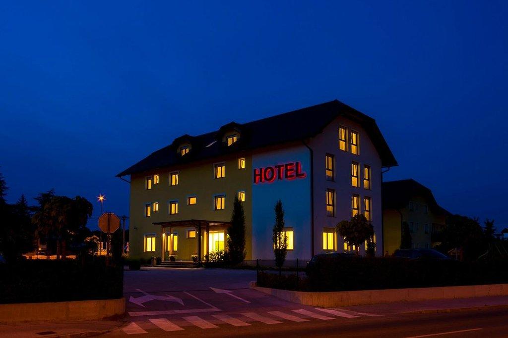 Hotel Bau