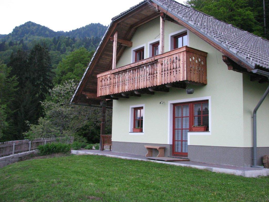 Vaznik Farm House