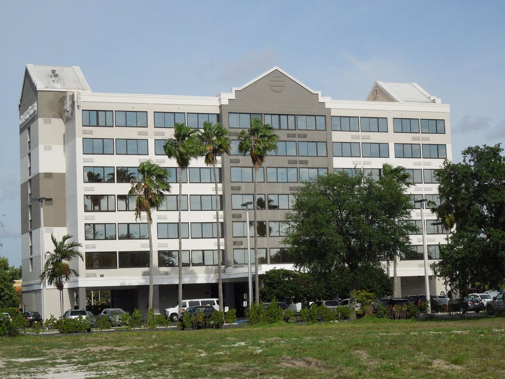 Fort Lauderdale Airport / Cruise Port Inn