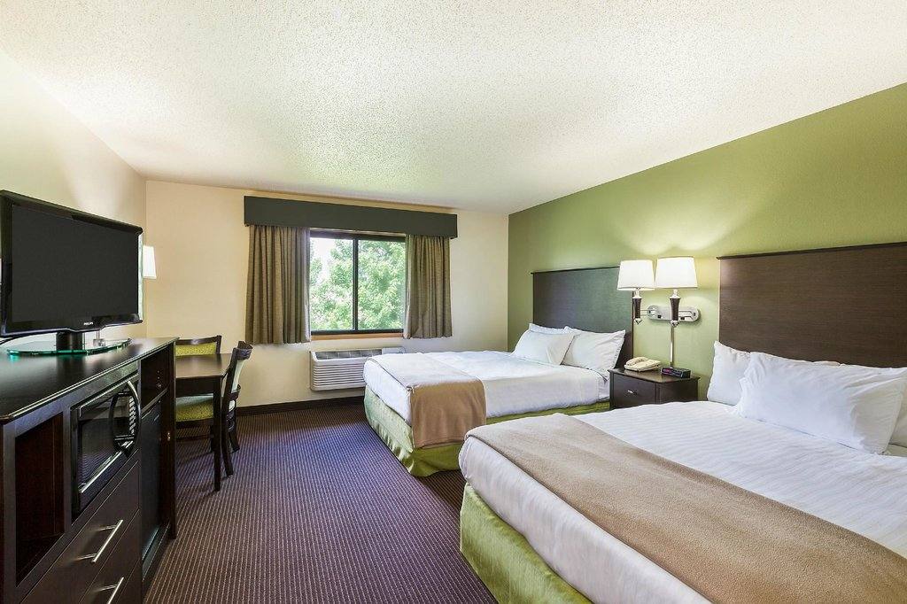 AmericInn Lodge & Suites Hampton