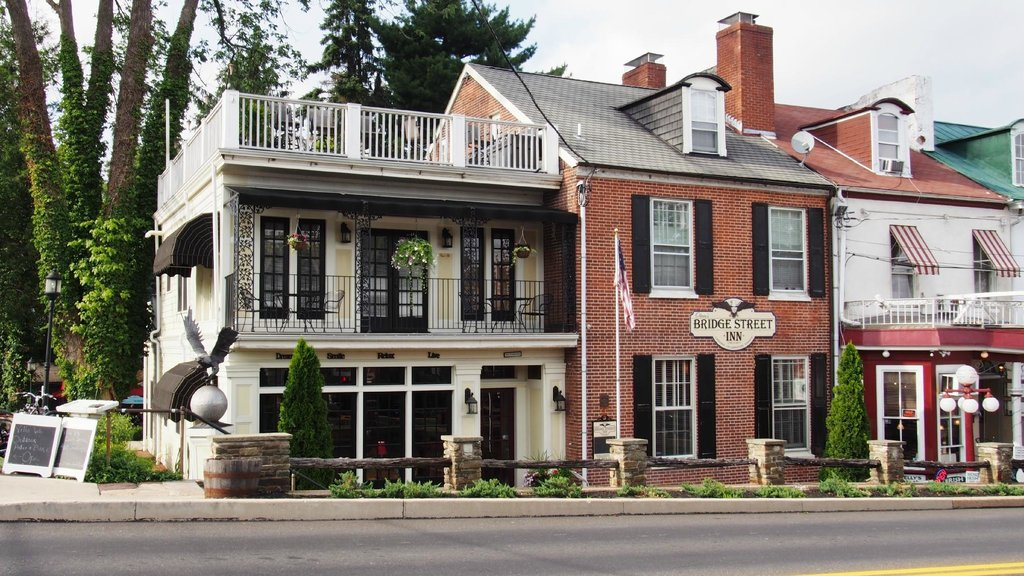 Olivia's Bridge Street Inn