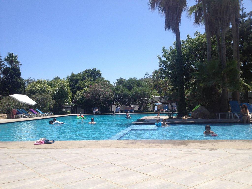 카빌라 호텔