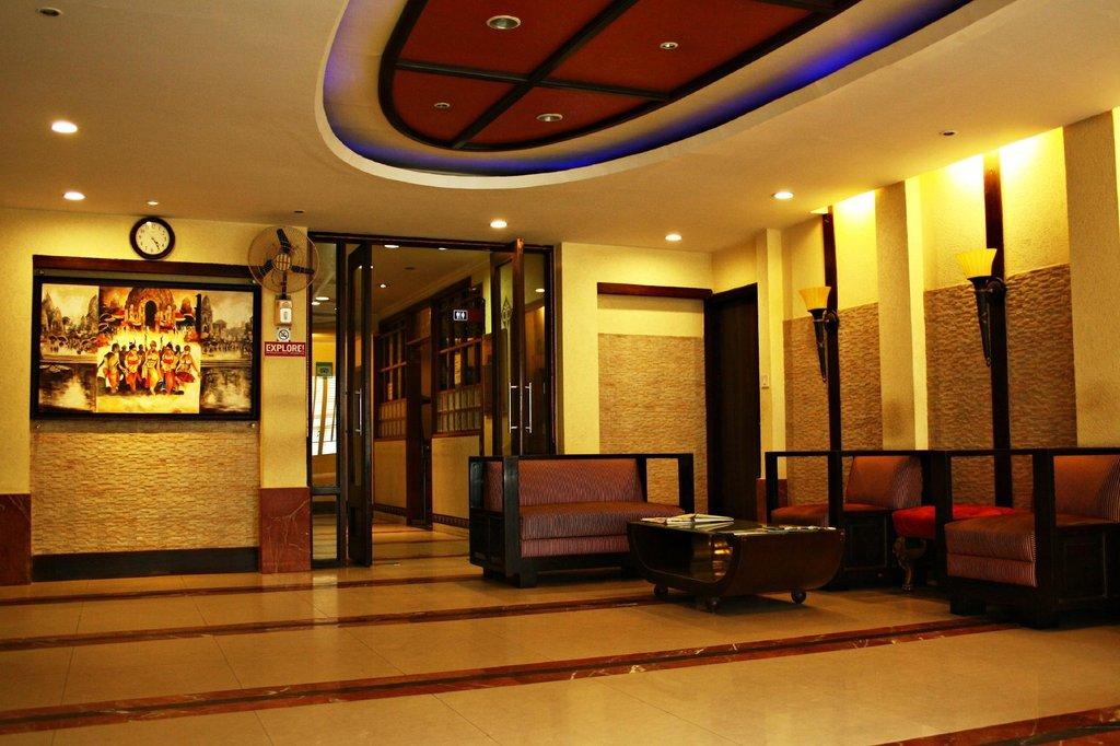 โรงแรมปูจา พาเลส