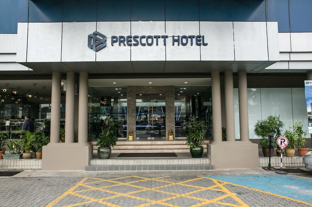 โรงแรมพรีคอตต์ เมโทร อินน์ กาจัง