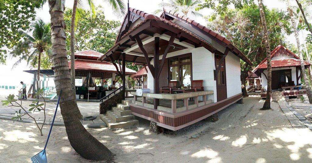ファースト バンガロー ビーチ リゾート