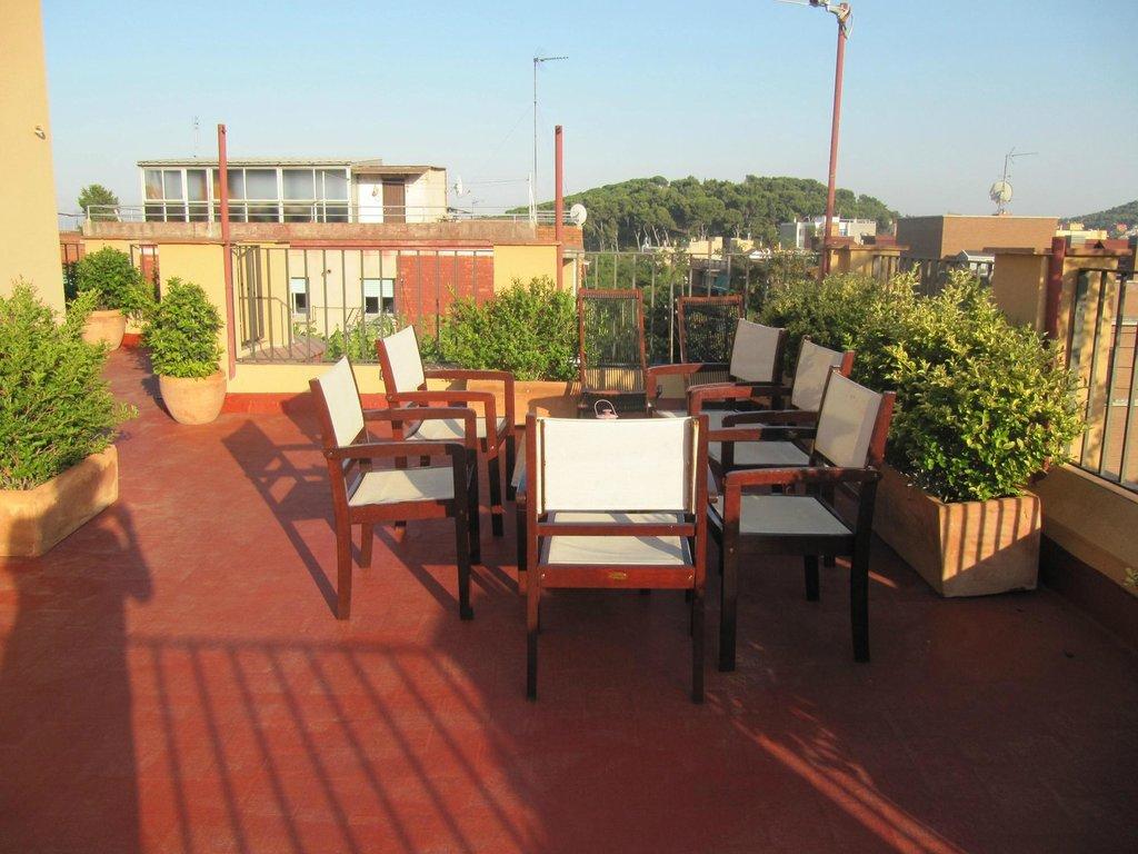 Garden House Hostel Barcelona