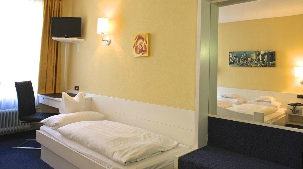 ホテル ガルニ ヘーデゲン