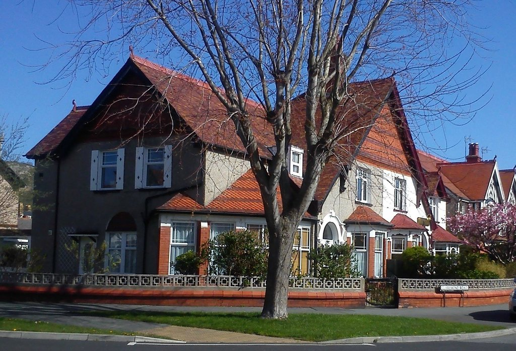 Claremont House Holiday Apartments
