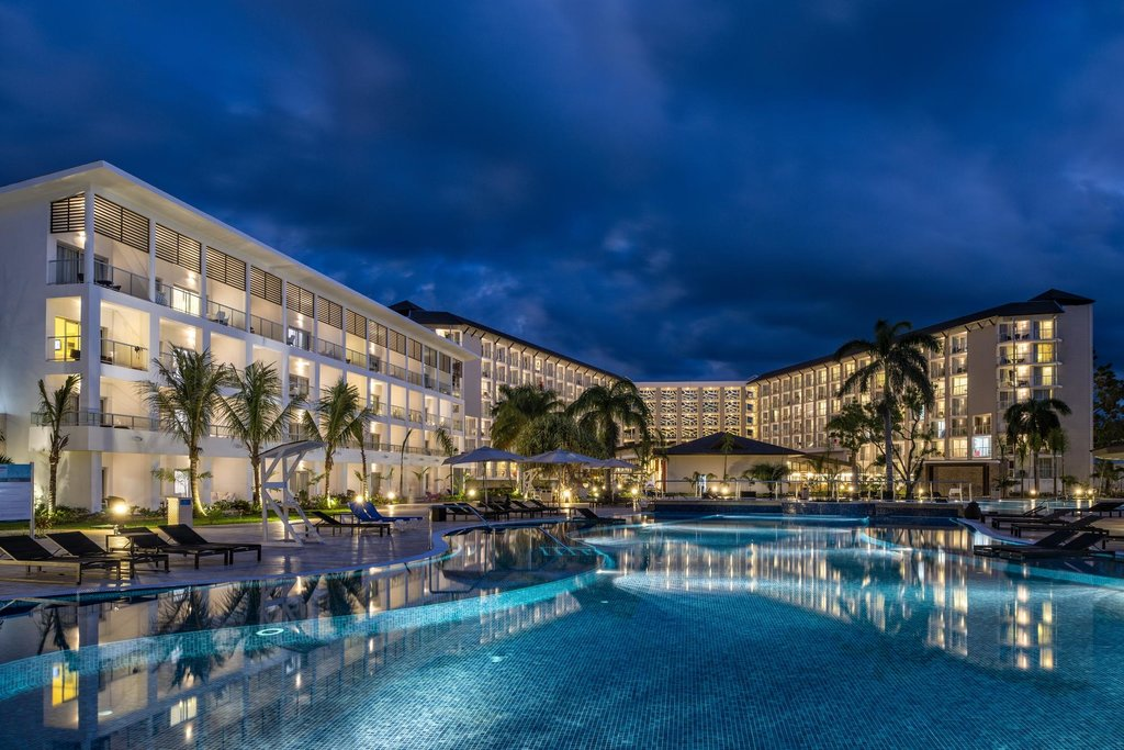 Royalton White Sands Resort