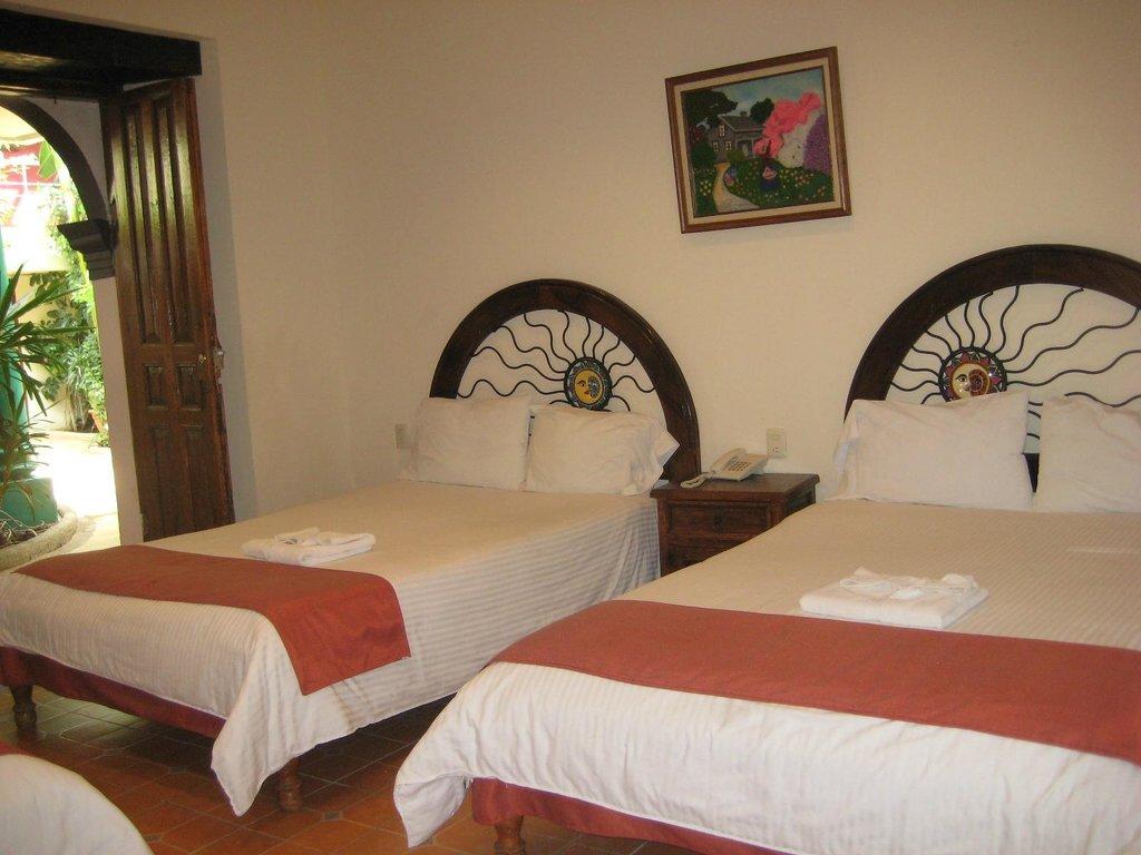 ホテル ヤルディン デル セリロ