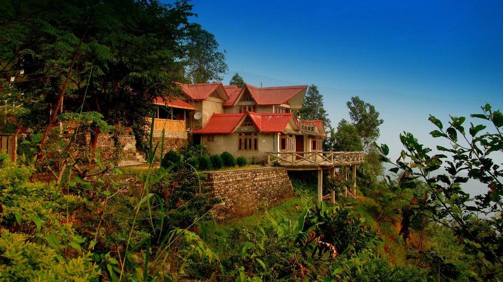 Bara Mangwa Farmhouse