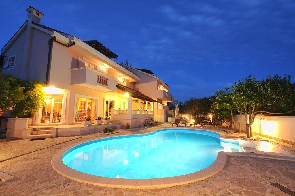 Villa Marnii