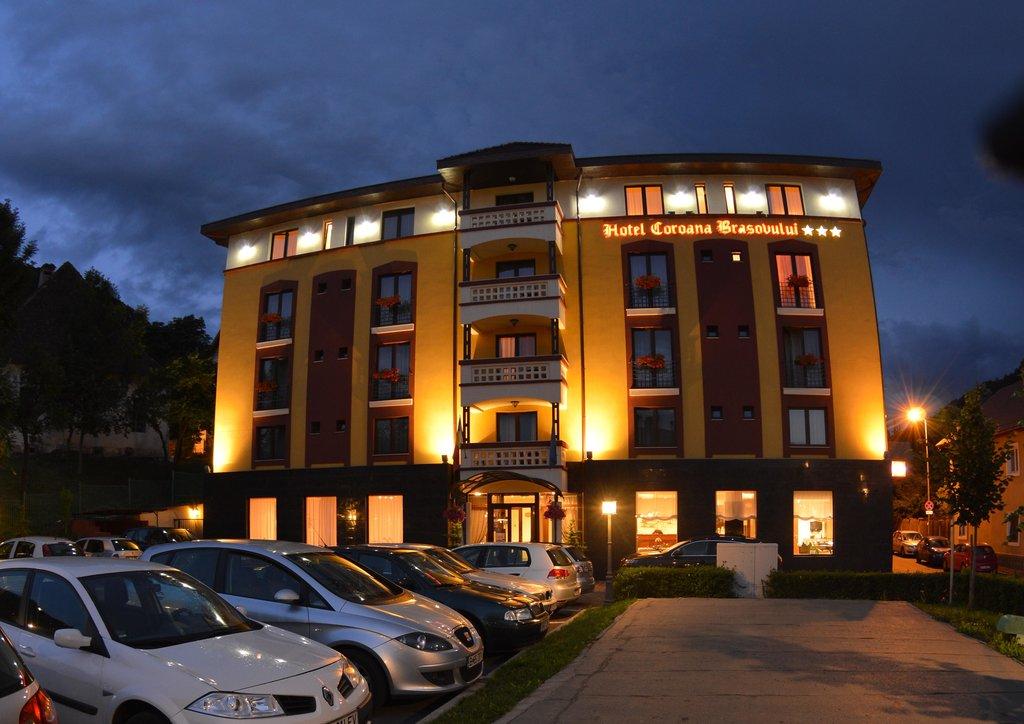 比拉瓦索盧可洛納飯店