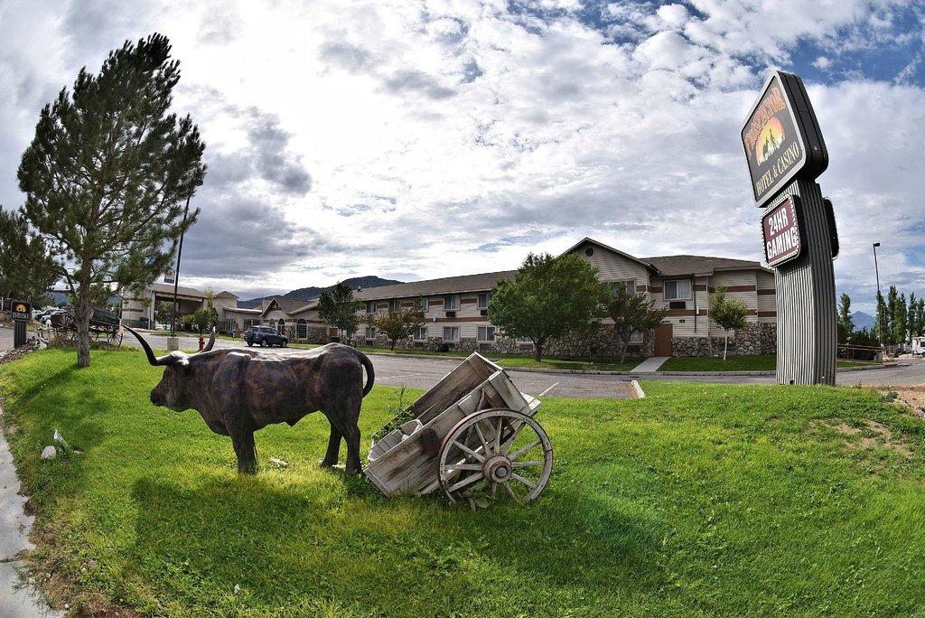 Prospector Hotel and Casino