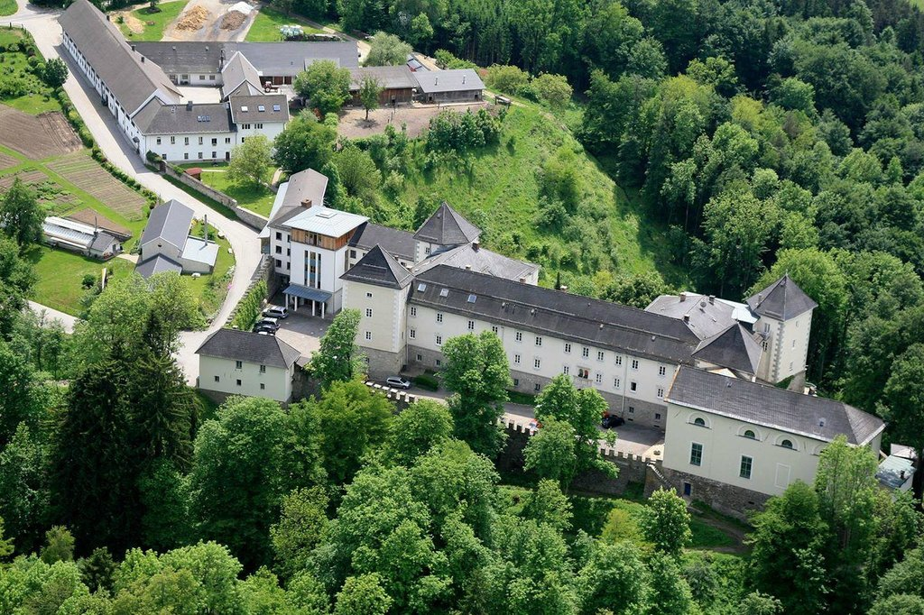 Gaestepension Kloster Wernberg